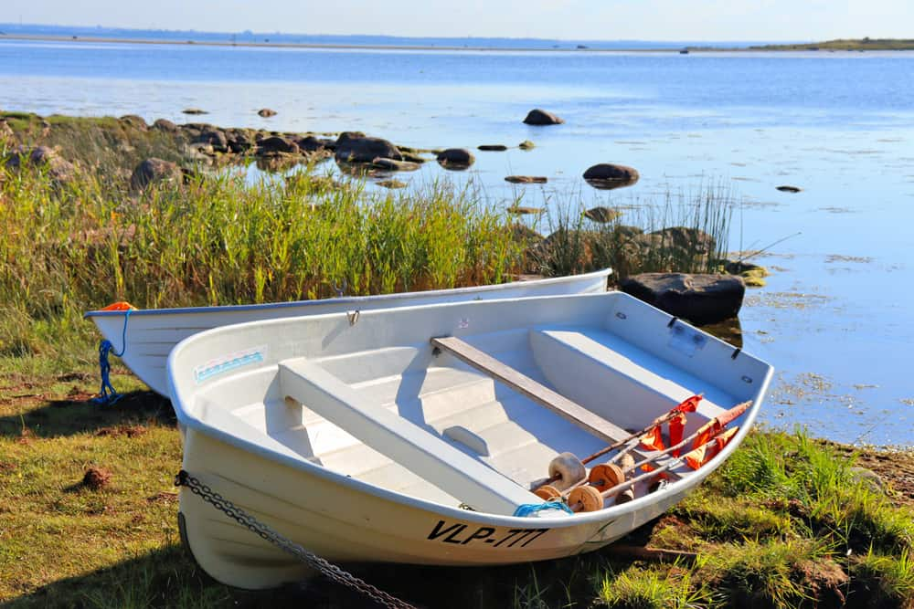27 Homemade Boat Plans You Can DIY Easily