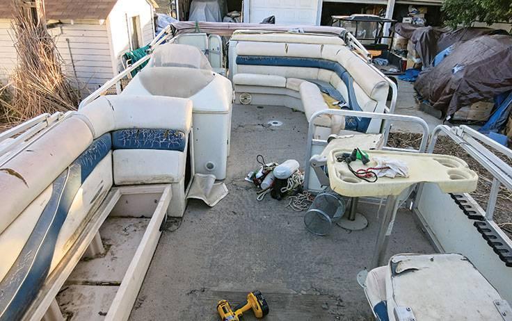 Pontoon Makeover How to Update a Pontoon Boat – Cabinlife.com