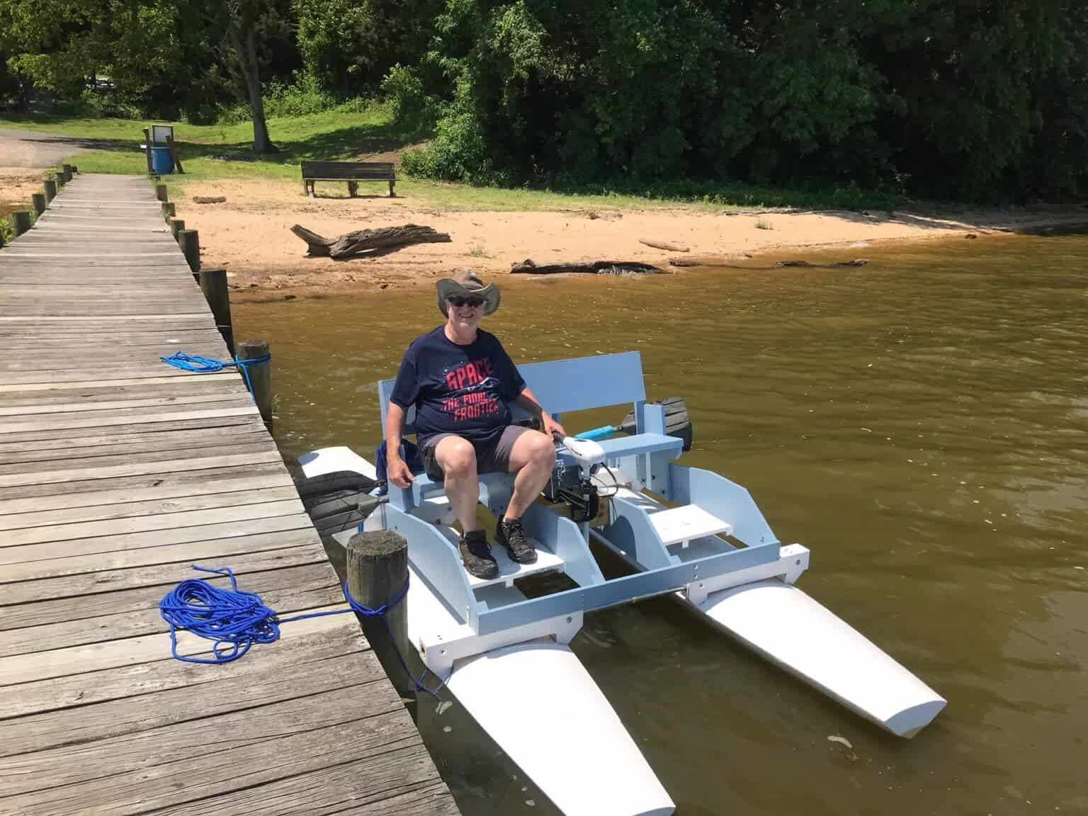 This DIYer Found a Boat He Liked in the PopSci Archives. Then he built it.